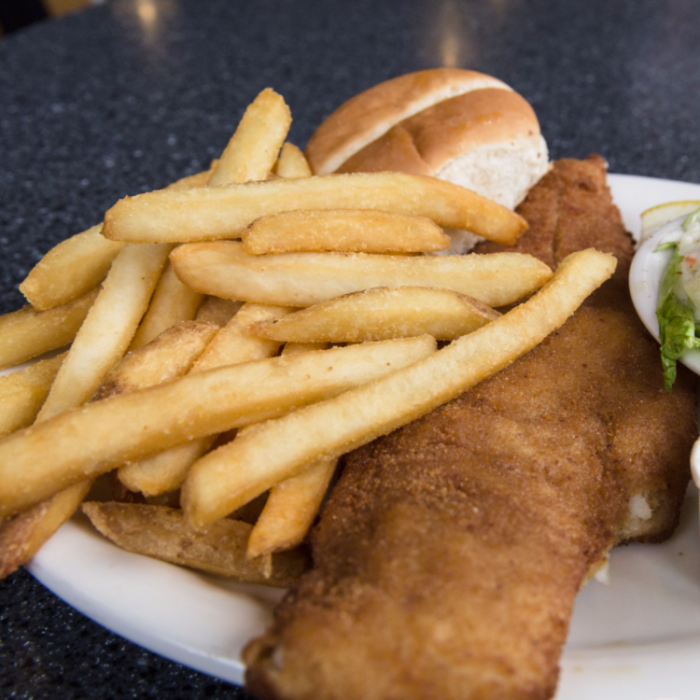 These 8 classic fish fry joints are so perfectly new york for Ted s fish fry