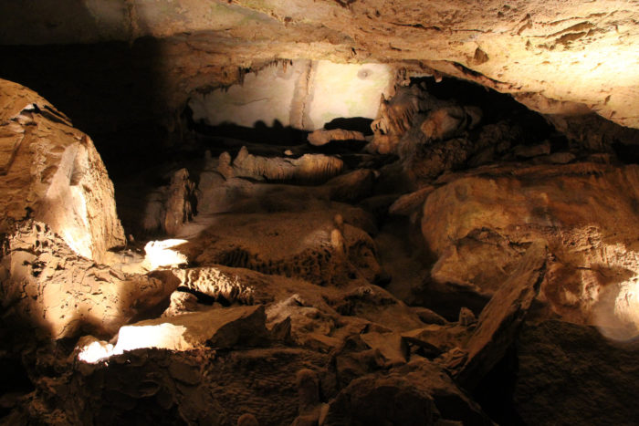 Cumberland Caverns Is An Ancient Fossil Cave In Tennessee