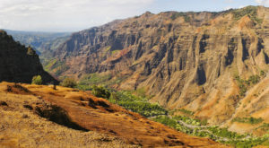 10 Epic Adventures You Can Have In Hawaii In A Day or Less