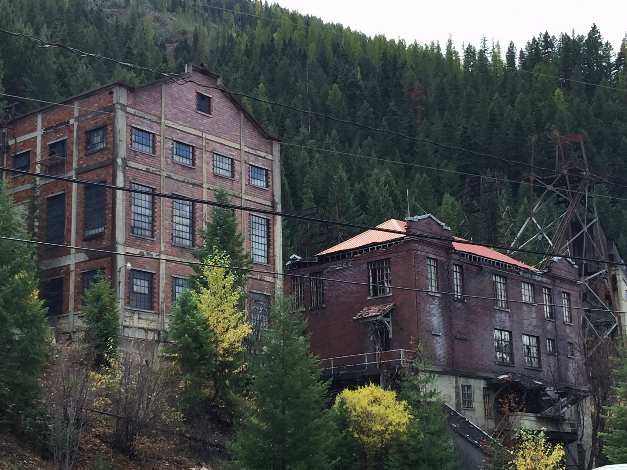 8 Creepy Ghost Towns In Idaho You Should Visit Right Now