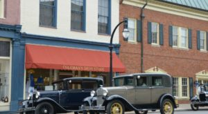 The Tiny Kentucky Town That Is Beautifully Frozen In Time