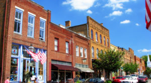 7 Sleepy Small Towns In Tennessee Where Things Never Seem To Change