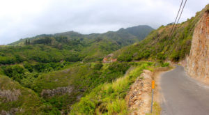 The 9 Most Terrifying Drives You Can Possibly Take In Hawaii