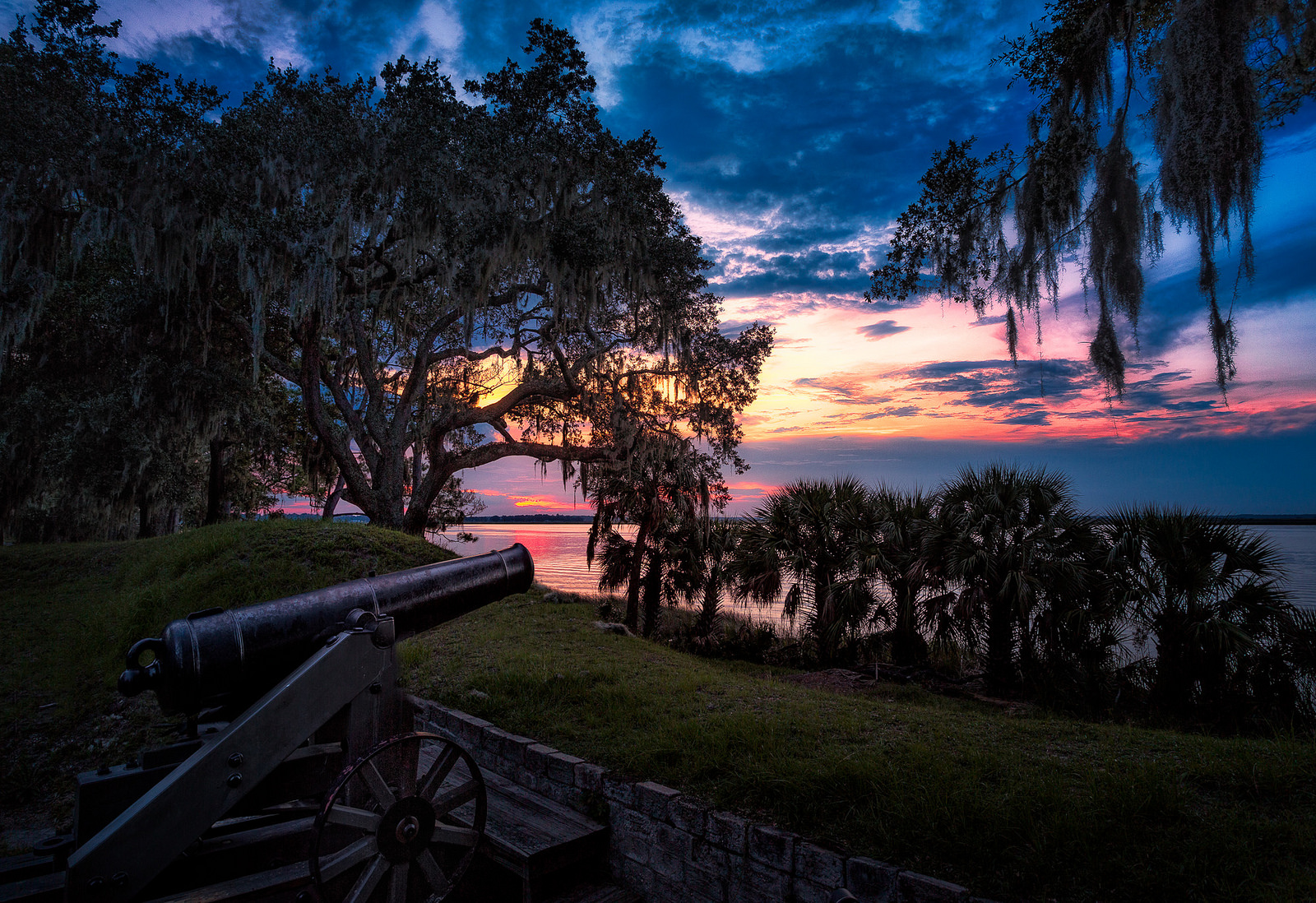 Fort Mcallister State Park Is The Wildlife Hiking Trail In