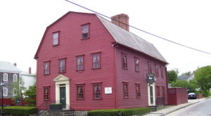 The Oldest Tavern In America Is Right Here In Rhode Island And It Has A Fascinating History