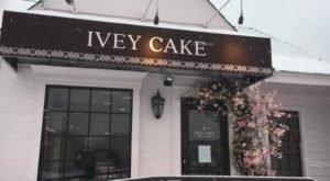 The Unassuming Shop In Tennessee That Serves The Best Cupcakes You'll Ever Taste