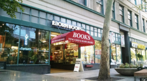 This 3-Story Bookstore In Utah Is Like Something From A Dream
