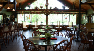 The Beautiful Restaurant Tucked Away In An Iowa Forest Most People Don't Know About