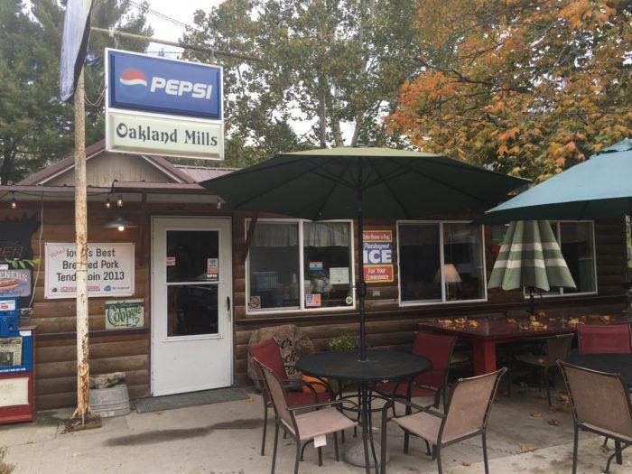 Butch S River Rock Cafe Iowa