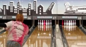 This Rhode Island Bowling Alley Takes You Back To The 1960s
