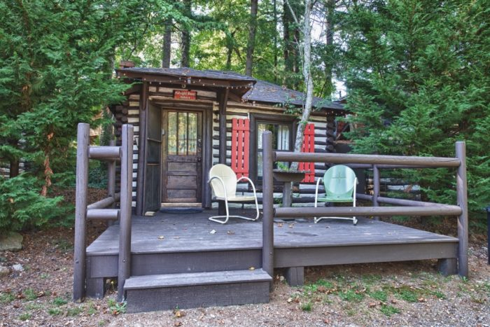 This log cabin motor court in north carolina just may be for Miles motors asheville nc