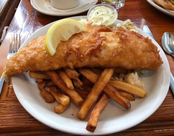 These 8 classic fish fry joints are so perfectly new york for Fish fry buffalo ny