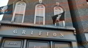 This 4-Story Bookstore In Indiana Is Like Something From A Dream