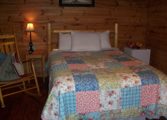 Shipshewana S North Park Amish Log Cabin Lodging And