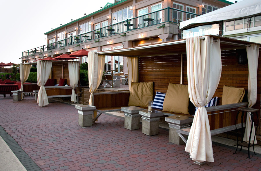 Dine In Your Own Private Cabana At Liberty House In Jersey