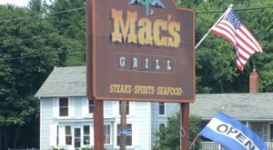 This Rustic Steakhouse In Maine Is A Carnivore's Dream Come True
