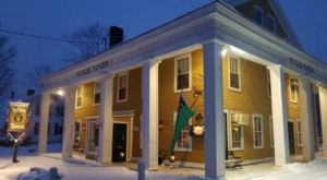 The Oldest Bar In Vermont Has A Fascinating History