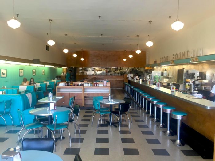 You Ll Absolutely Love This 50s Themed Diner In Mississippi