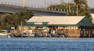 You'll Love The Riverside Views At This Historic Restaurant In Florida