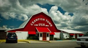 The Best Crawfish In The State Can Be Found In This Louisiana Barn Restaurant