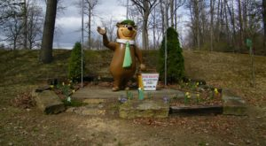 This Yogi-Bear Themed Campground In Pennsylvania Is All You Need For Summer