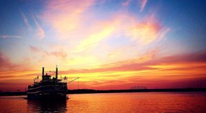 This Twilight Boat Ride In Kentucky Will Take You On An Unforgettable Dinner Adventure