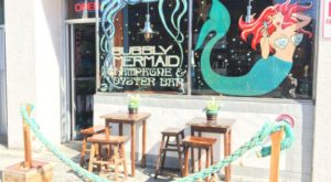 This Mermaid Themed Oyster Bar In Alaska Is An Ocean Lover's Dream