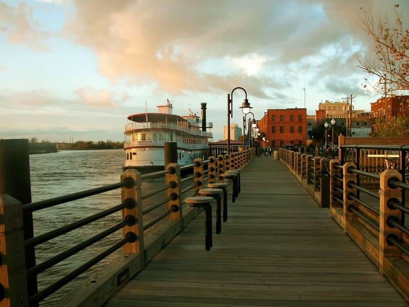 Wilmington's Riverboat Queen Offers The Best Twilight