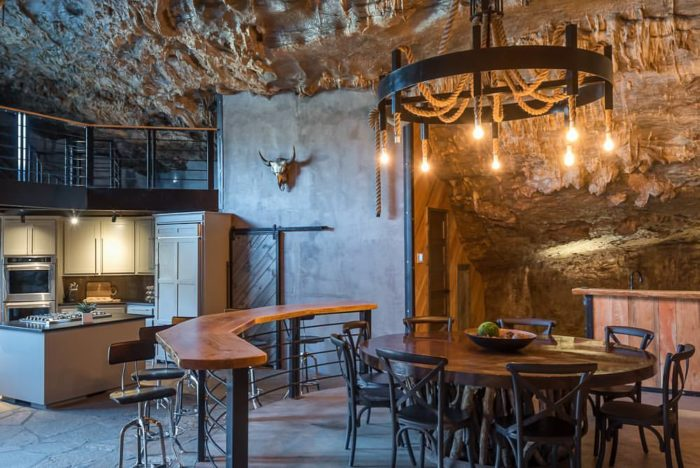 Beckham Creek Cave Is The Luxurious Lodging You Ve Been