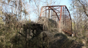 Most People Don't Know The Story Behind Mississippi's Abandoned Bridge To Nowhere