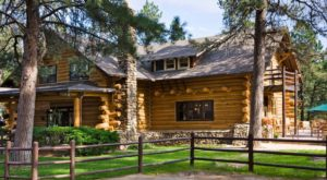 This Wild West-Themed Lodge Hiding In South Dakota Is The Perfect Escape From It All