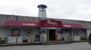 This Underrated Seafood Restaurant Right By The Water Serves Some Of The Tastiest Dishes In Alaska