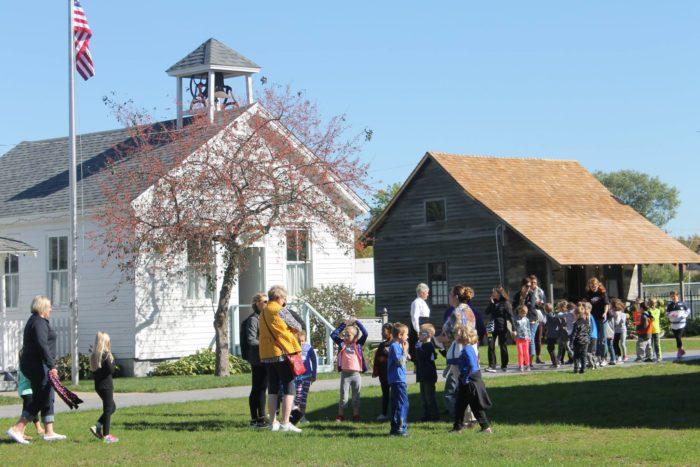 Kalona Iowa Amish Tours