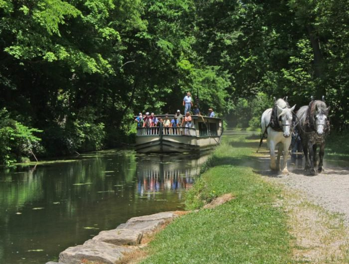 ohio places visit weekend canal town village roscoe boat dream ride drawn take historic onlyinyourstate oh charming coshocton