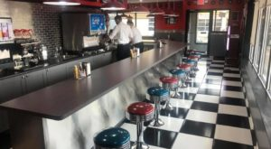 You'll Absolutely Love This '50s Themed Diner In Milwaukee