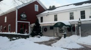 The Oldest Bar In Maine Has A Fascinating History