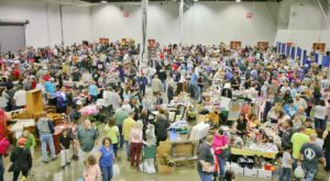 The Biggest Indoor Garage Sale In Pennsylvania Is More Amazing Than You Can Even Imagine