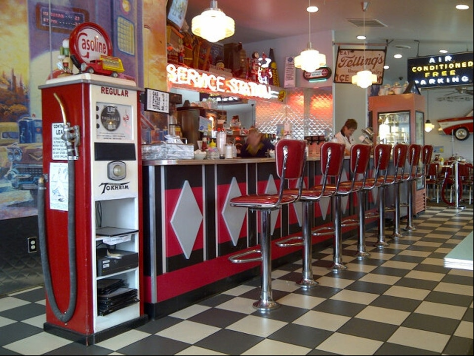 50s Themed Diner In Ohio Nutcracker Family Restaurant In