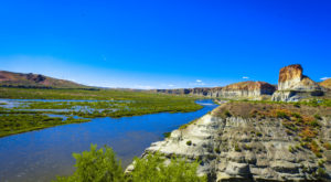 The Place In Wyoming That's So Enchantingly Beautiful You'd Think You Stepped Into A Painting