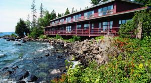 The Island Lodge In Michigan That Will Take You A Million Miles Away From It All
