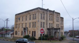 You Won't Want To Miss This Overnight Ghost Hunt In A Haunted Texas Jail