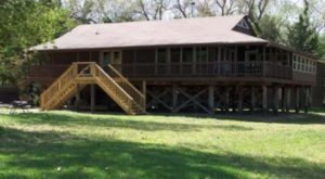 The Island Lodge In Nebraska That Will Make You Feel A Million Miles Away From It All