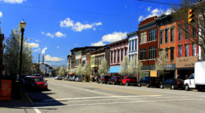 11 Sleepy Small Towns In Indiana Where Things Never Seem To Change