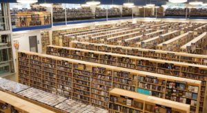 This Massive Book Warehouse In Nashville Must Be Seen To Be Believed