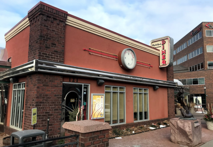 Phillips Avenue Diner Is The Best Retro 1950s Diner In