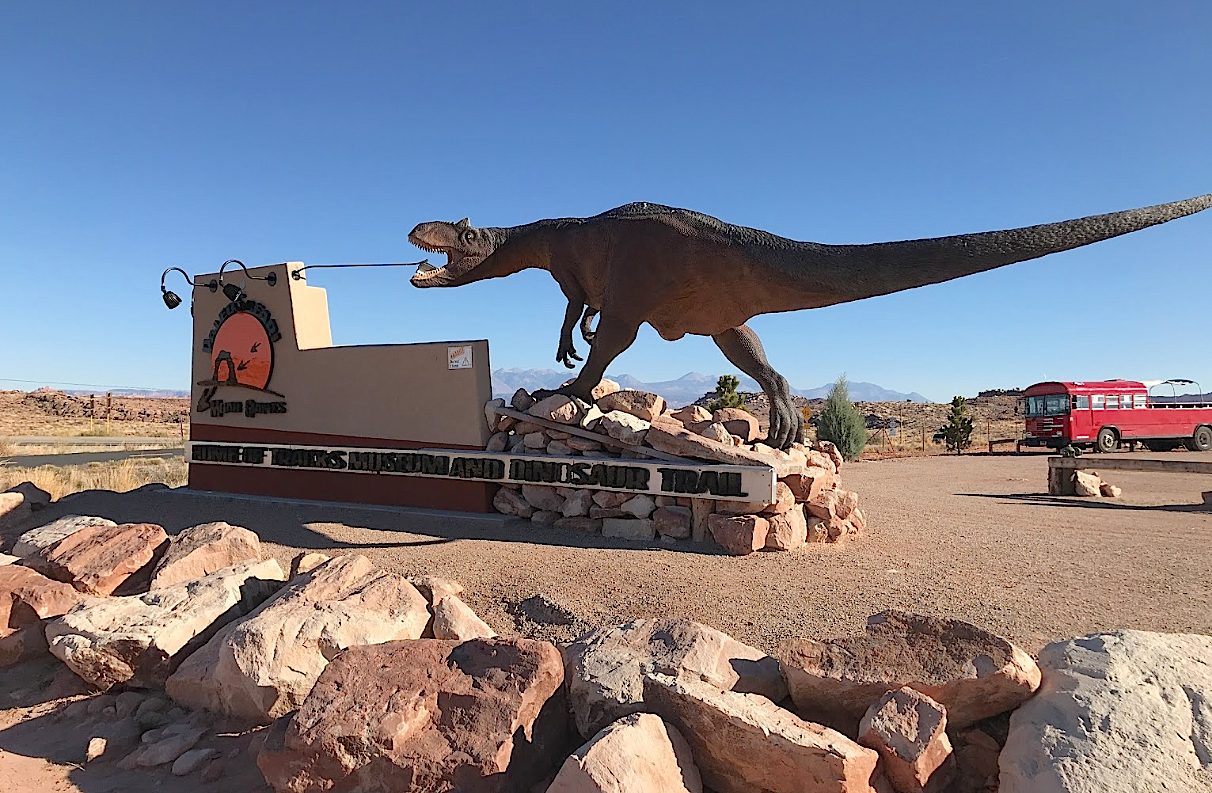 Moab Giants Is A Dinosaur Park In Moab Utah That The