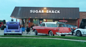 You'll Absolutely Love This 50s Themed Diner In Iowa