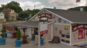 The Beach-Themed Restaurant Near Cincinnati Where It Feels Like Summer All Year Long
