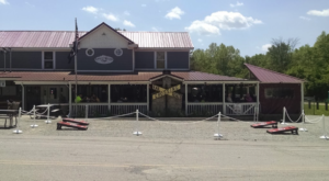 This Remote Restaurant Near Cincinnati Will Make You Feel A Million Miles Away From Everything