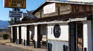 The Arizona Steakhouse In The Middle Of Nowhere That's One Of The Best On Earth